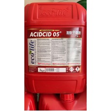 Concentrate with acidic PH for descaling the milking parlor